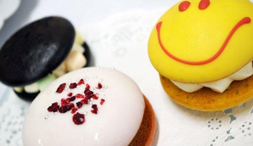 パーティーに最適なケーキスタンド付き!チャプチーノのウーピーパイとカップケーキ☆