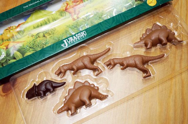 恐竜チョコ