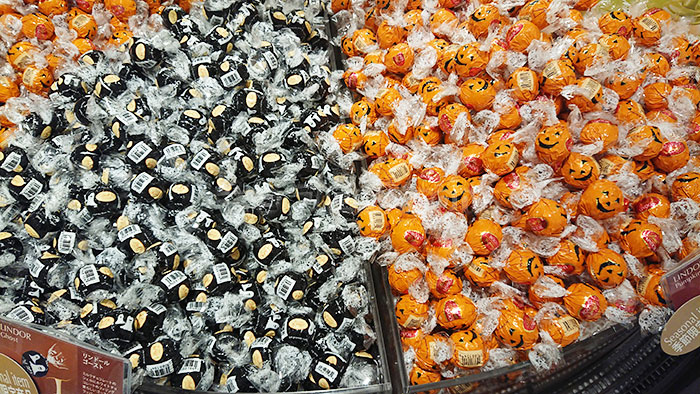ハロウィン2018限定!リンツのチョコレートの詰め合わせ
